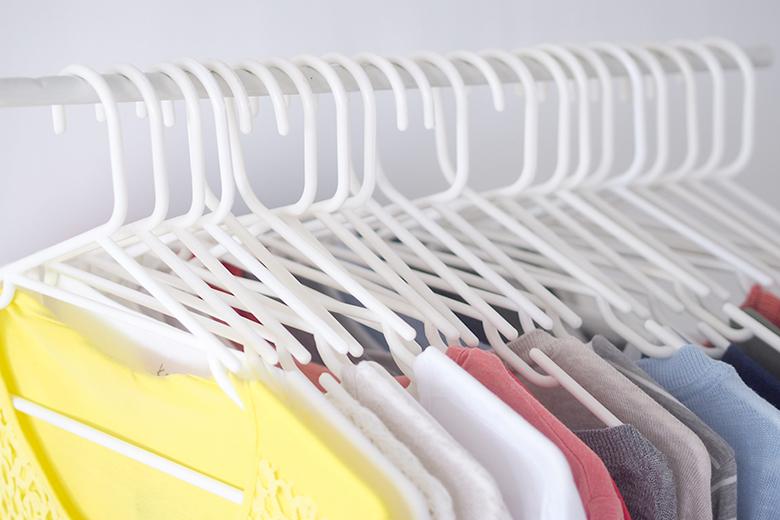 coat-hangers-1a